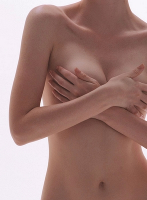 乳腺囊肿病变是否存在